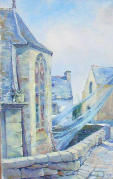 Bretons kerkje met visnetten